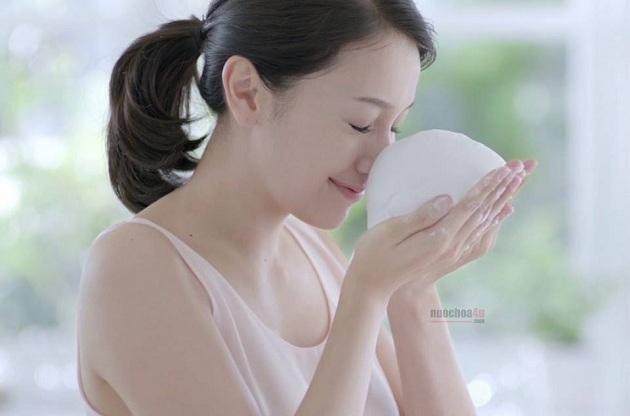 Sữa rửa mặt đất sét trắng SENKA Perfect White Clay