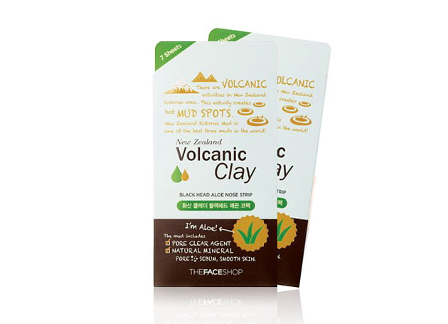 Mặt nạ TheFaceShop Volcanic Clay Black Head Aloe Nose Strip