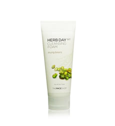 Sữa rửa mặt TheFaceShop Herb Day 365 Cleansing Foam Mung Beans