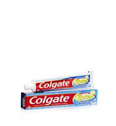 Kem đánh răng Colgate Total Whitening